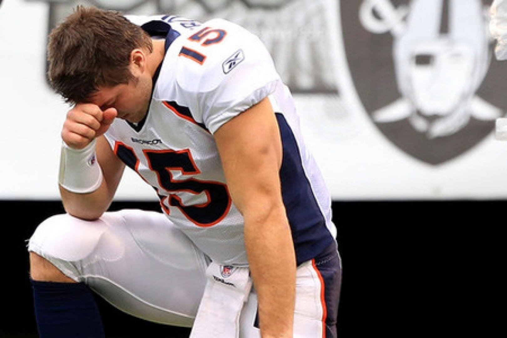 Tim Tebow Tebowing1 e1337691540419